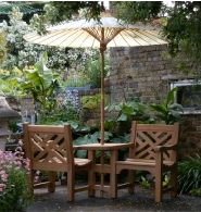 Chinoiserie Love Seat & Umbrella natural colour