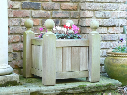 Wooden Planter - Baroque Style with Ball finials