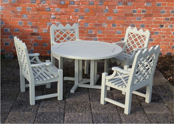 Hadham Round Pedestal Table and Indian Lattice Armchairs