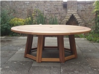 Hadham Round Table with Spayed Pedestal