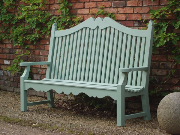 Three Seater Garden Seat - Edwardian Style, painted Light Tioram