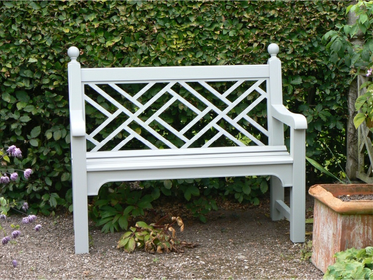Two Seater Garden Seat - Chinoiserie Style, painted Trellis White