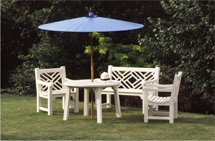 Round Garden Umbrella - Dark Blue colour