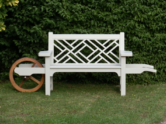 Wheelbarrow Seat - Chinoiserie style painted Trellis White